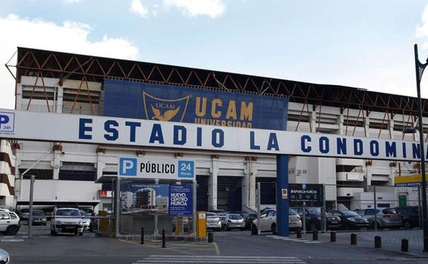 Estadio municipal La Condomina.