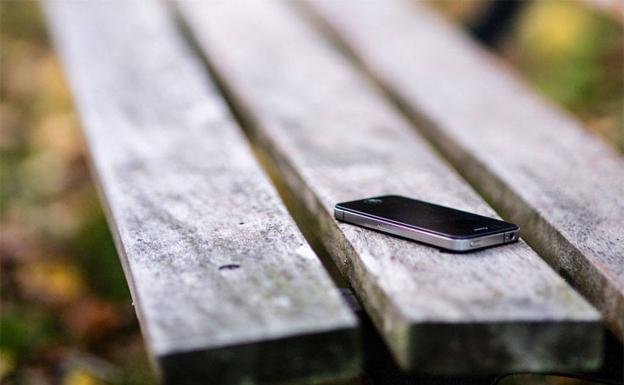 Se libra de pagar la multa por hurtar un móvil porque solo se lo quedó una hora