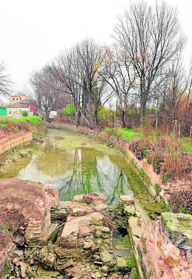 Entre ruedas y canales la verdad for Jardin de la polvora murcia