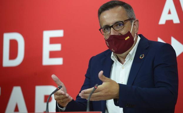 El PSOE cree que se «condena al profesorado a una vuelta al cole insegura e incierta»