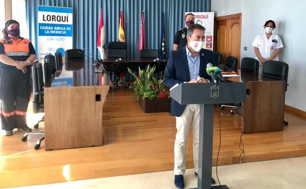 Joaquín Hernández, este miércoles, durante su comparecencia./Ayto. de Lorquí