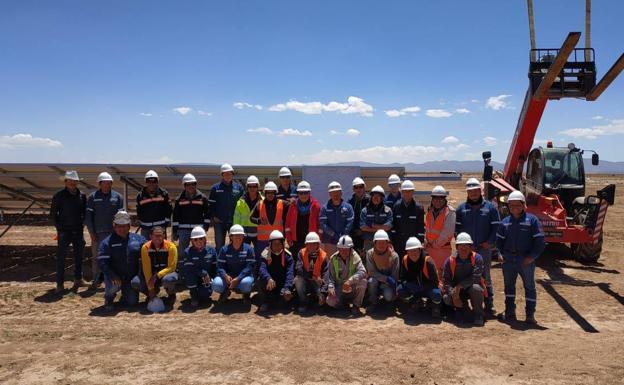 Trabajadores de Mofer Solar S. L. /J. L. Piñero