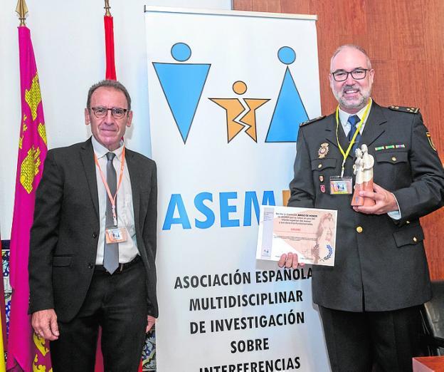 Distinciones para el Grupo de Menores, el fiscal Florit y el juez Pascual Ortuño