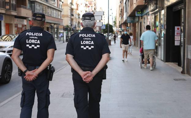 Patrulla de la policía local./Jaime Insa / AGM