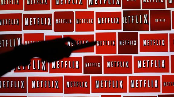 Netflix ofrece descargar las películas en vez de verlas online | La